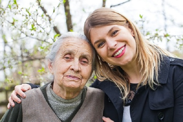 7 Expert Tips for Family Caregivers 600